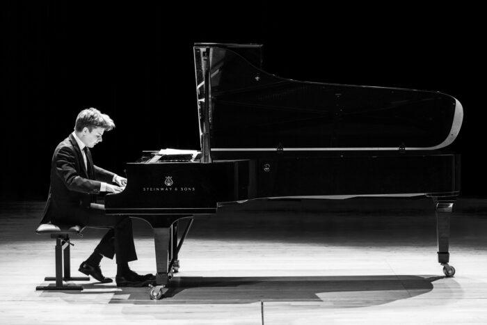 pianist Ossi Saarinen