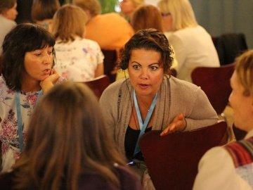 Ida-Virumaa koolijuhid tutvusid Soome kooli metoodika ja filosoofiaga