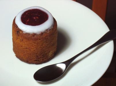 Pane ennast proovile: Runebergi päeva viktoriin ja kook Tartus
