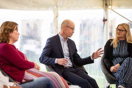 Soome Instituut Arvamusfestivalil: digiõppe ja rahuliku arutelu võimalikkusest